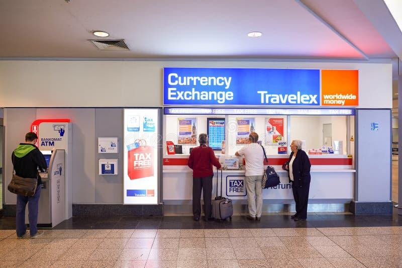 Aeroporto do interior de Praga fotos de stock royalty free