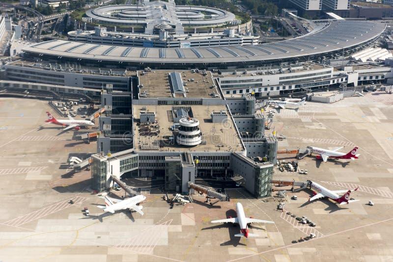 Aeroporto Duesseldorf - vista aerea fotografie stock libere da diritti
