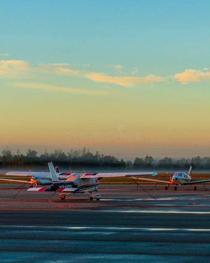 Aeroporto Florida il Cessna di alba 172 cessna172 fotografia stock