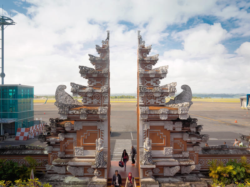 Aeroporto internacional de Denpasar, Bali, Indonésia imagens de stock