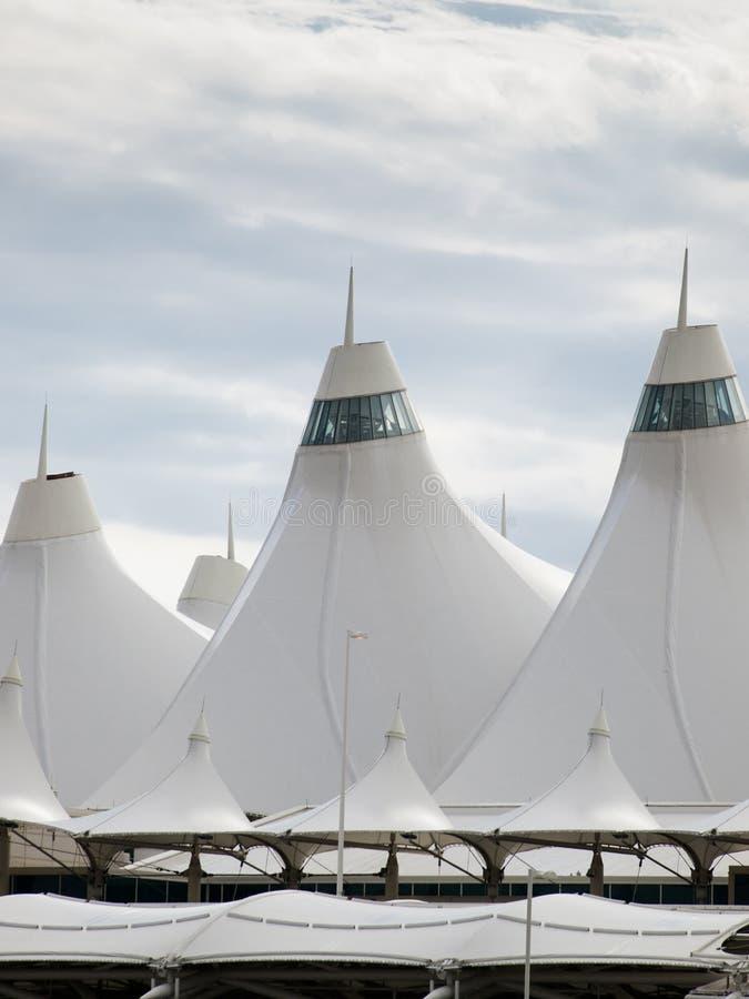 Download Aeroporto Internacional De Denver Imagem de Stock - Imagem de céu, barraca: 26506753