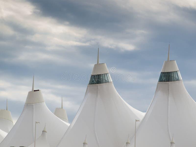 Download Aeroporto Internacional De Denver Foto de Stock - Imagem de colorado, internacional: 26506778
