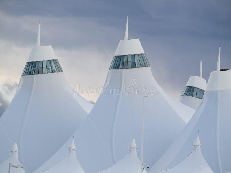 Download Aeroporto Internacional De Denver Imagem de Stock Editorial - Imagem de transporte, aeroporto: 26507144