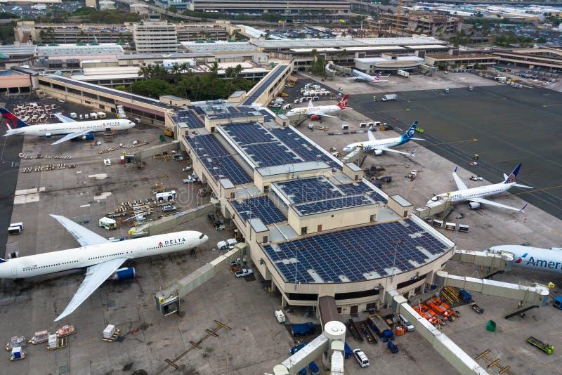 Aeroporto internacional de Honolulu de cima de fotografia de stock royalty free