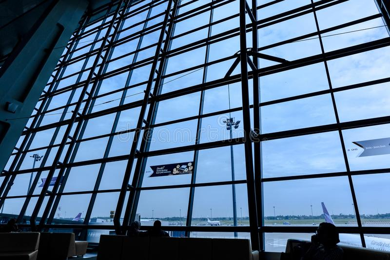 Aeroporto internacional de Indonésia imagens de stock