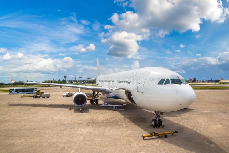 Aeroporto internacional de Velana em Maldivas imagem de stock royalty free