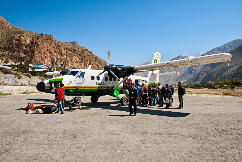Aeroporto Jomsom, Nepal immagini stock libere da diritti