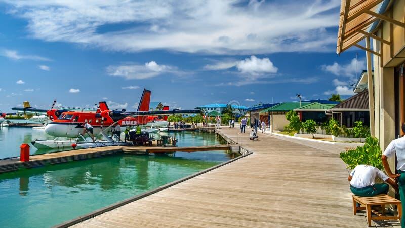 Aeroporto para o táxi de ar, maldives imagens de stock