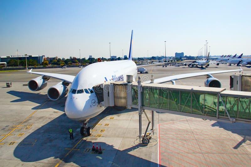 Aeropuerto de Johannesburgo Tambo foto de archivo libre de regalías