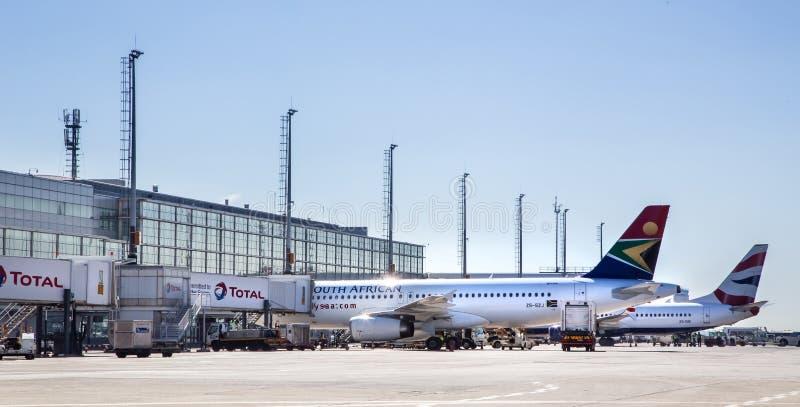 Aeropuerto de O R Tambo en Suráfrica foto de archivo libre de regalías