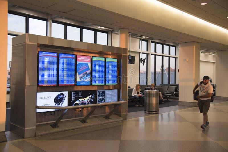 Aeropuerto de Philadelphia en horas de la madrugada imágenes de archivo libres de regalías