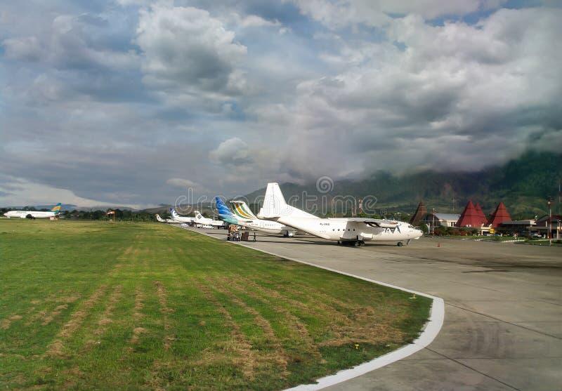 Aeropuerto de Sentani en la isla de Nueva Guinea fotos de archivo libres de regalías