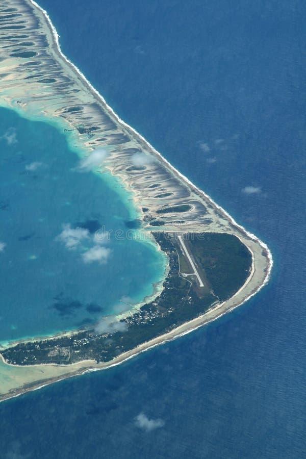 Aeropuerto del atolón imagen de archivo libre de regalías