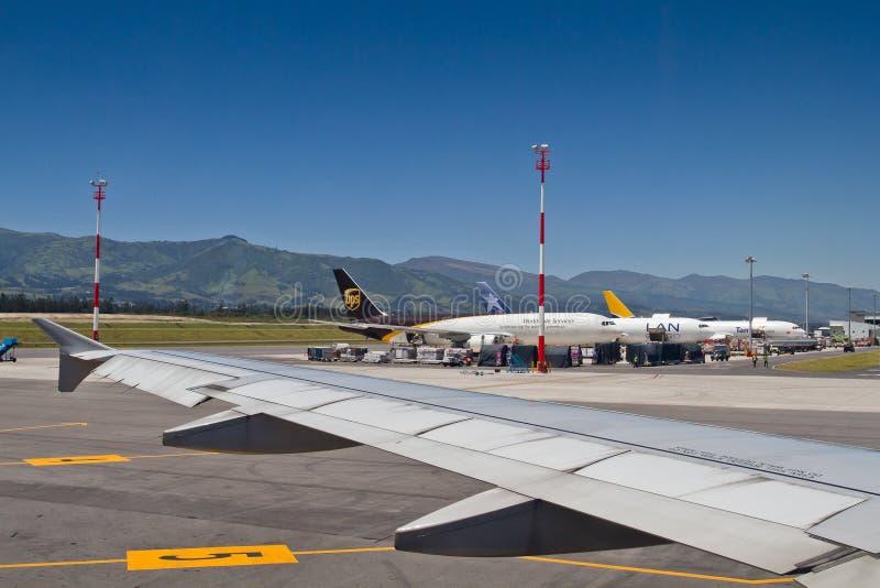 Aeropuerto hemorroidal de Sucre en Quito imagen de archivo libre de regalías