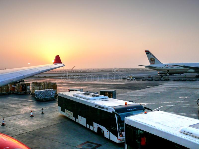 Aeropuerto internacional de Abu Dhabi foto de archivo