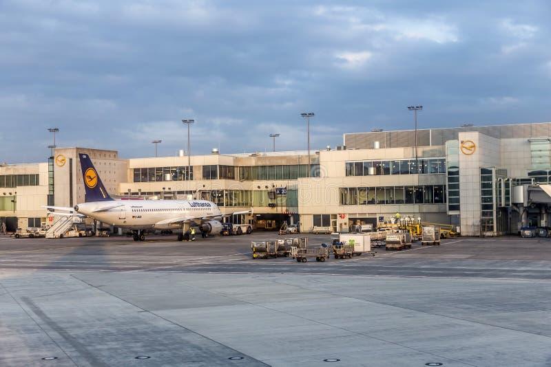 Aeropuerto internacional de Francfort fotos de archivo