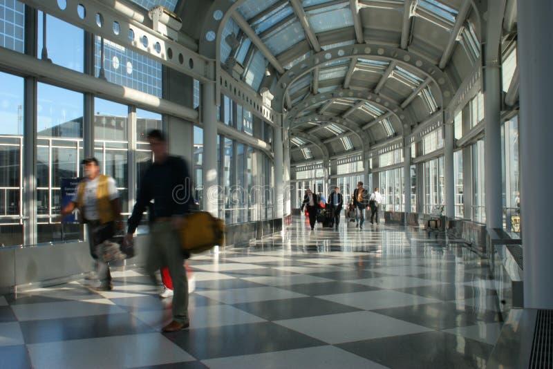Aeropuerto internacional ocupado imagen de archivo libre de regalías