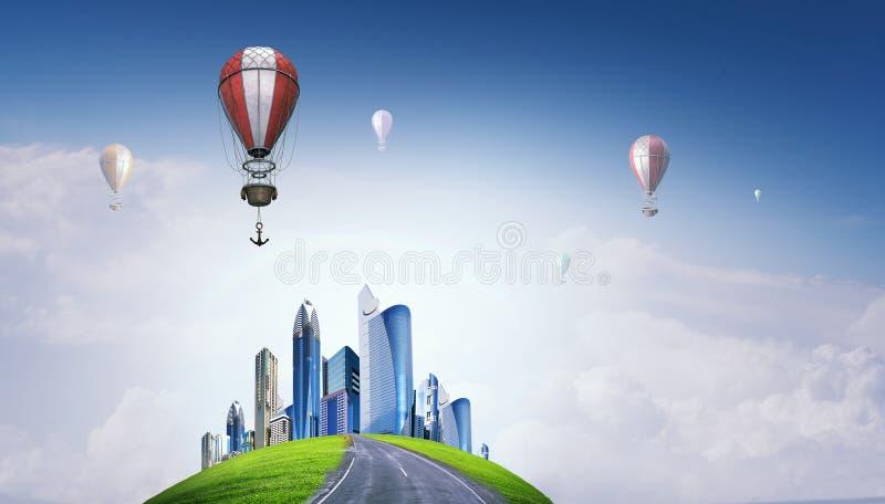 Aerostats som flyger över himmel Blandat massmedia arkivfoton
