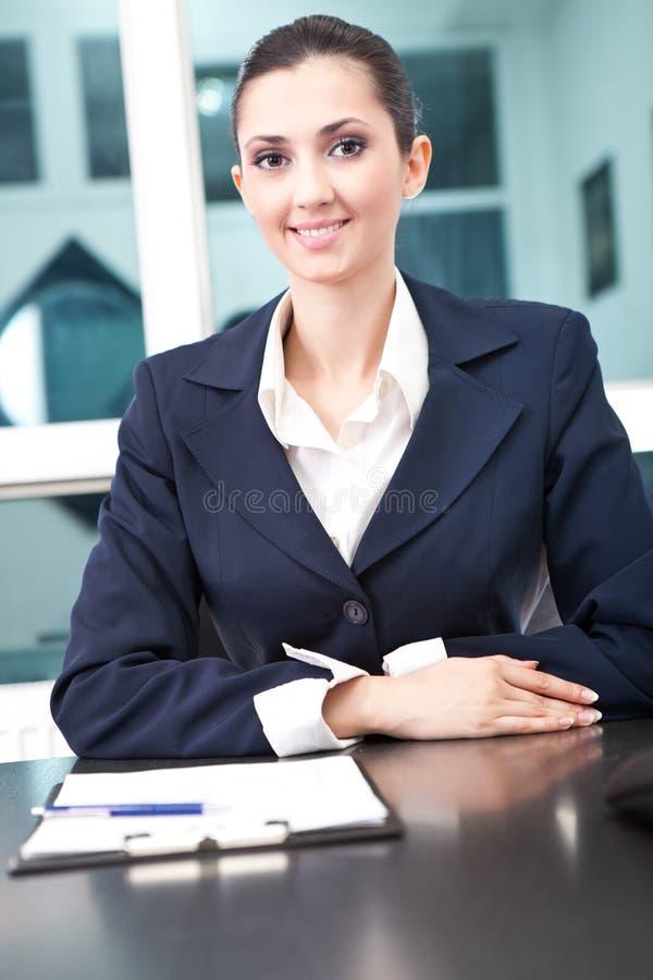 affär henne lyckad kvinna för kontor fotografering för bildbyråer
