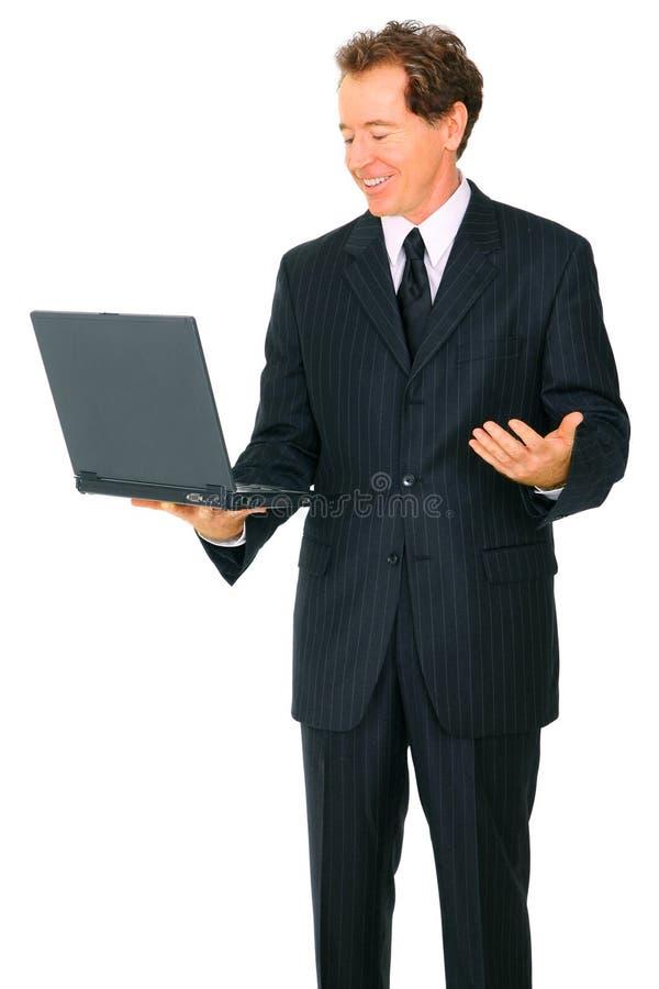 affär isolerad bärbar dator som ser manpensionären royaltyfri bild