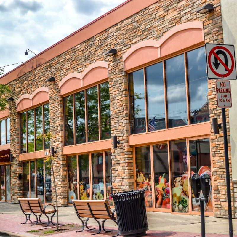 Affär på Main Street av Wisconsin Dells arkivbilder