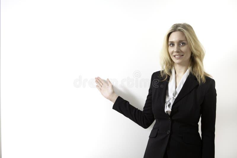 affär som presenterar kvinnan royaltyfria foton