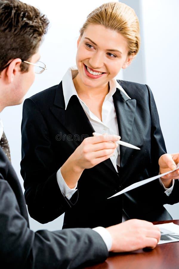 affärsdiskussion royaltyfri bild