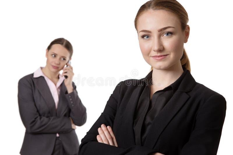 Affärsfolk, fokus på nätt kvinna royaltyfri foto
