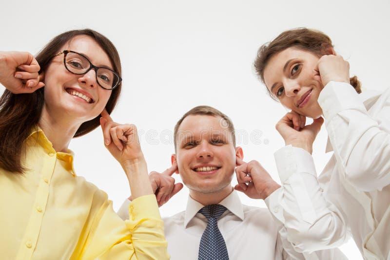 Affärsfolk som vägrar att lyssna något royaltyfria bilder