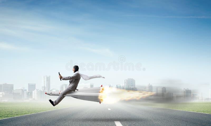 Affärsframgång och målprestationbegrepp arkivfoto