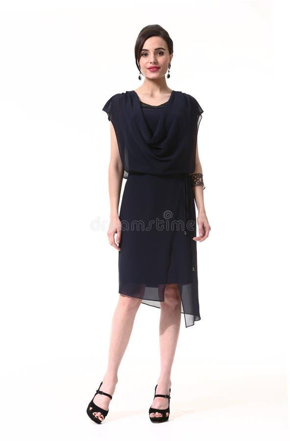 Affärskvinna i formell klänning royaltyfria foton