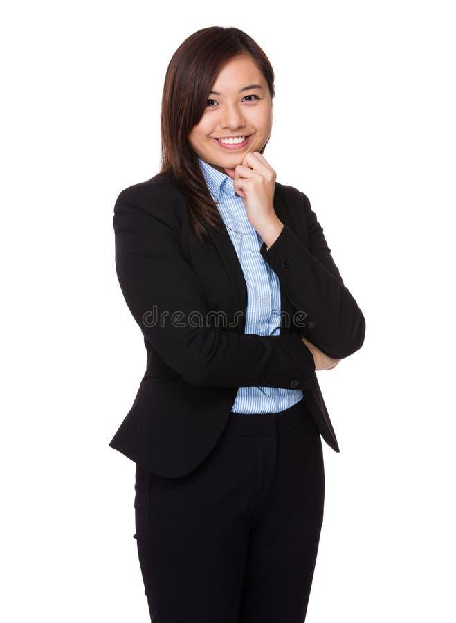 affärskvinna isolerad ståendewhite royaltyfria bilder