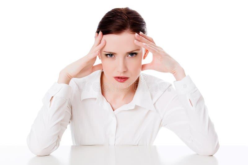 Affärskvinna med huvudvärk fotografering för bildbyråer