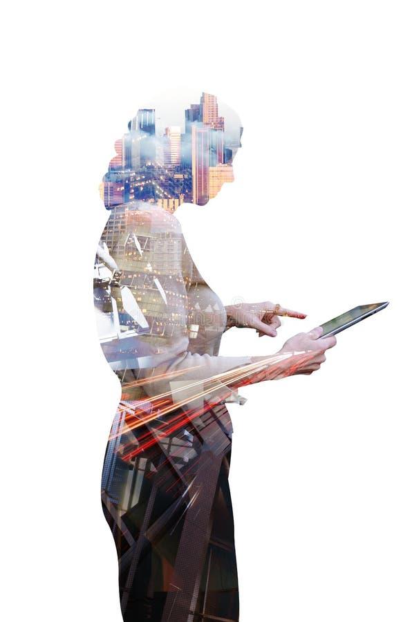 Affärskvinna och teknologi royaltyfri fotografi