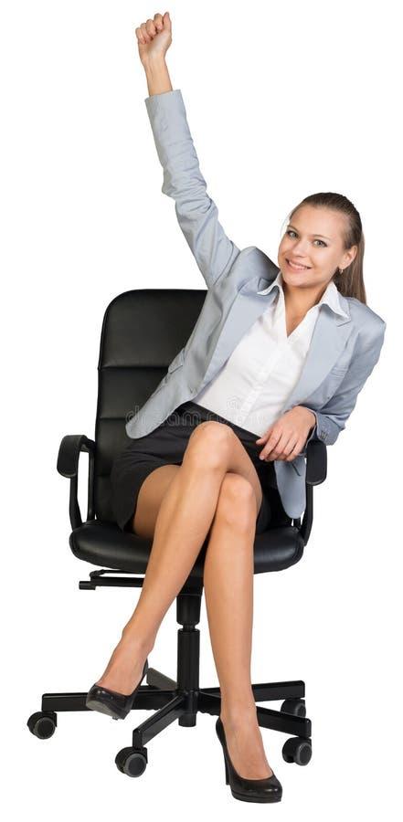 Affärskvinna på kontorsstol med hennes assistent arkivfoton