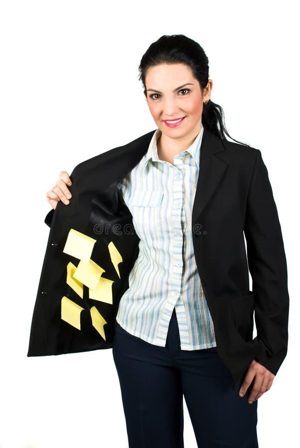 affärskvinnan bemärker påminnelse arkivbilder