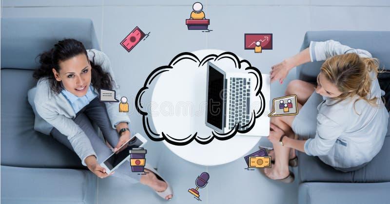 Affärskvinnor med teknologier och beräknande symboler för moln royaltyfri illustrationer