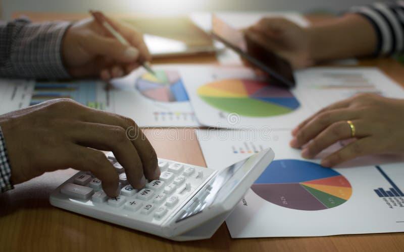 Affärslaganalysering och strategibegrepp royaltyfri bild
