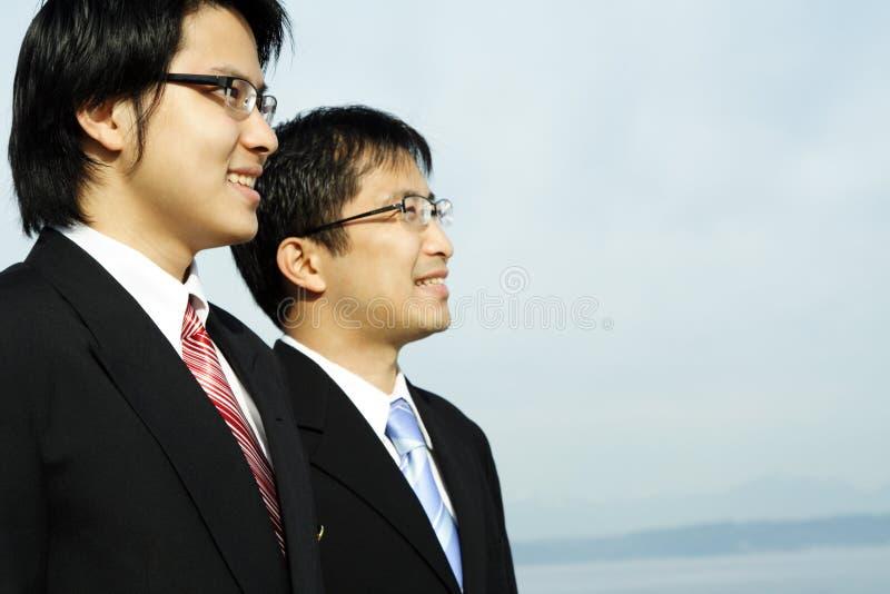 affärsmän två royaltyfria foton
