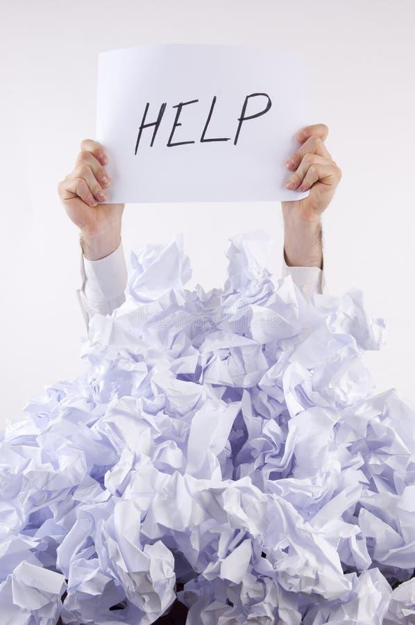 affärsman förkrossat papper arkivbild