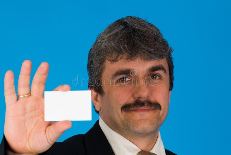 Affärsman med det blanka kortet arkivfoton