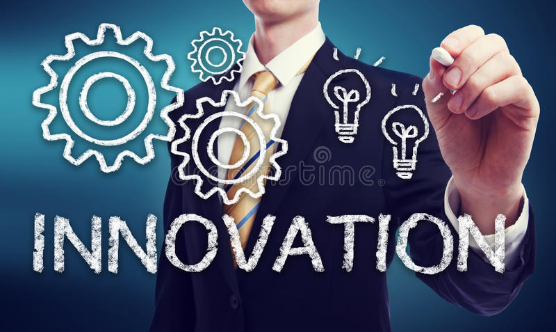 Affärsman med innovationbegrepp royaltyfri foto