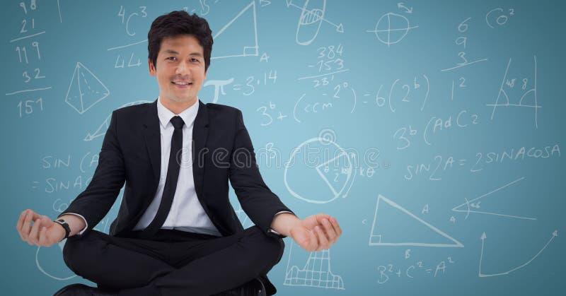 Affärsman mot blå bakgrund med matematikklotter arkivfoton