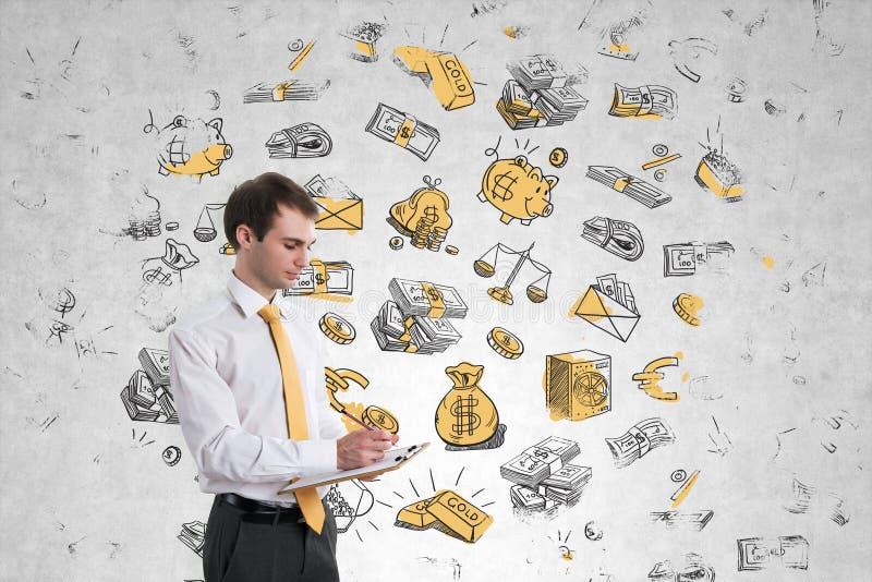 Affärsman på pengarväggen royaltyfri foto