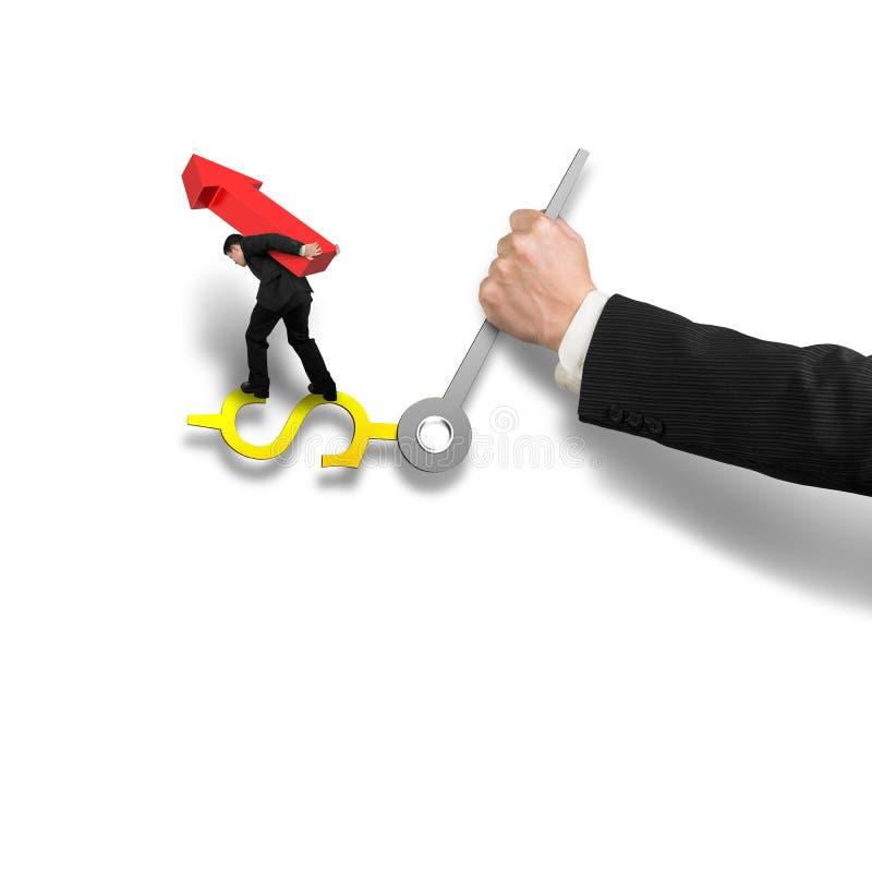 Affärsman som bär det röda piltecknet som balanserar på pengarklockan han stock illustrationer