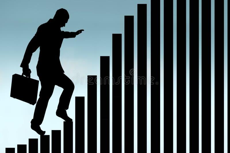 Affärsman som klättrar en kontur för stångdiagram royaltyfria foton