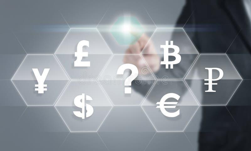 Affärsman som trycker på skärmen om valutasymboler royaltyfri illustrationer