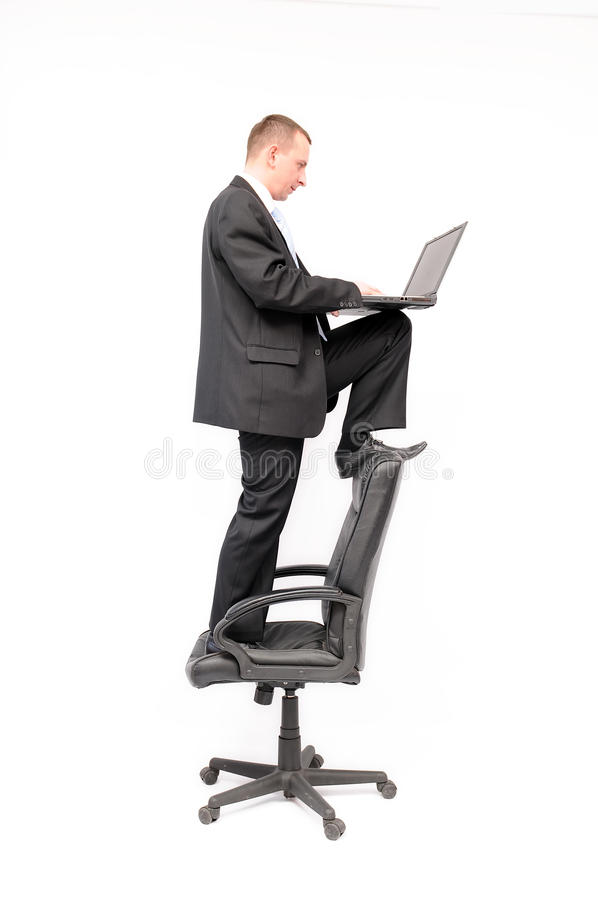 affärsmanbärbar dator royaltyfria foton