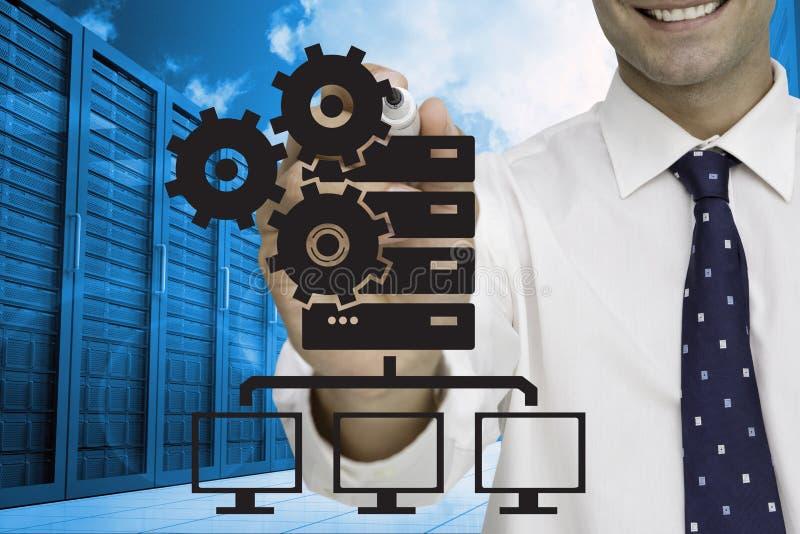 Affärsmanteckning mot serverrumbakgrund stock illustrationer