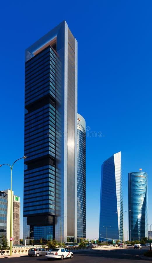 Affärsområde för fyra torn. Madrid Spanien arkivfoto